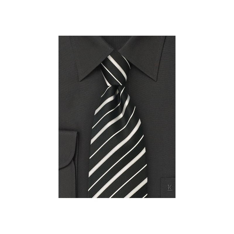 Black tie - Silk tie in black with fine silver stripes