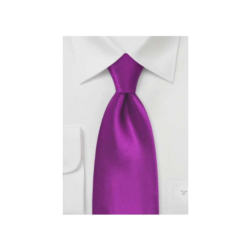 Kids Tie in Solid Dark Fuchsia Pink