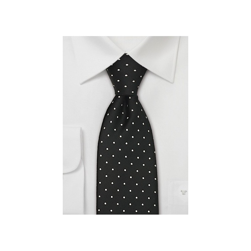 Black & White Polka Dot Tie in XL