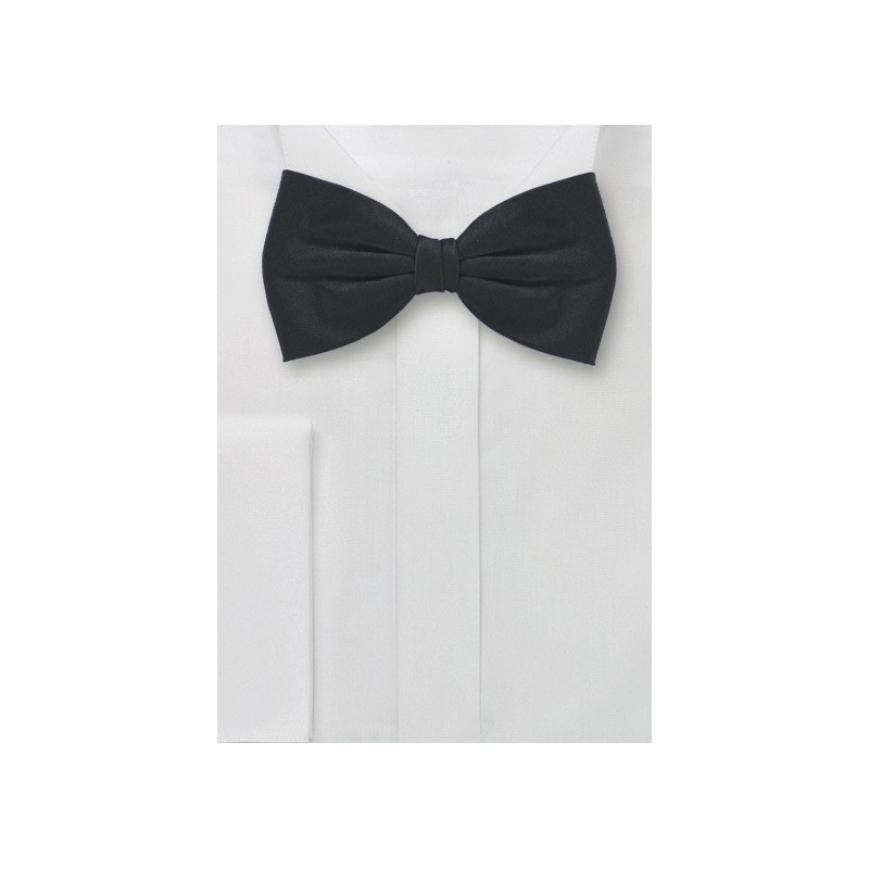 Handmade Silk Bow Tie in Black