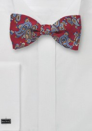 Traditional Paisley Bow Tie in Red