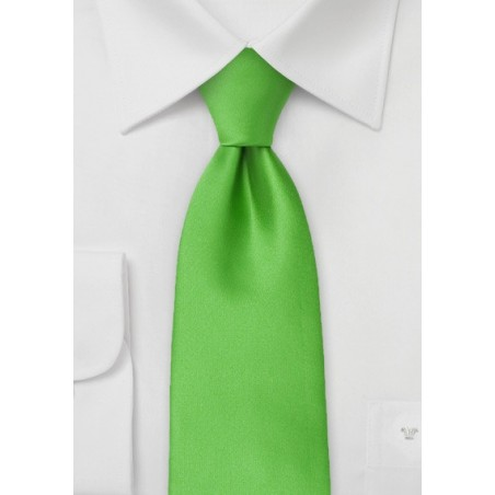 Extra Long Neck Tie in Kelly Green