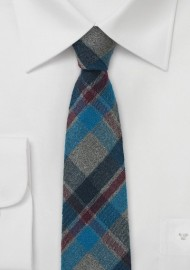 Winter Flannel Tie in Charcoal and Navy