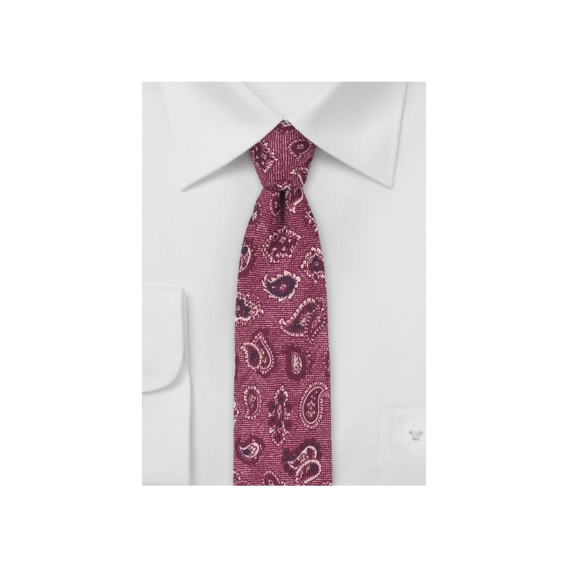 Wool Paisley Tie in Wine Red