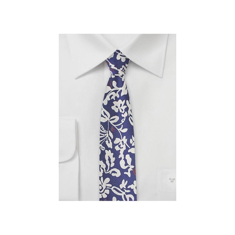 Trendy Floral Skinny Tie in Silk