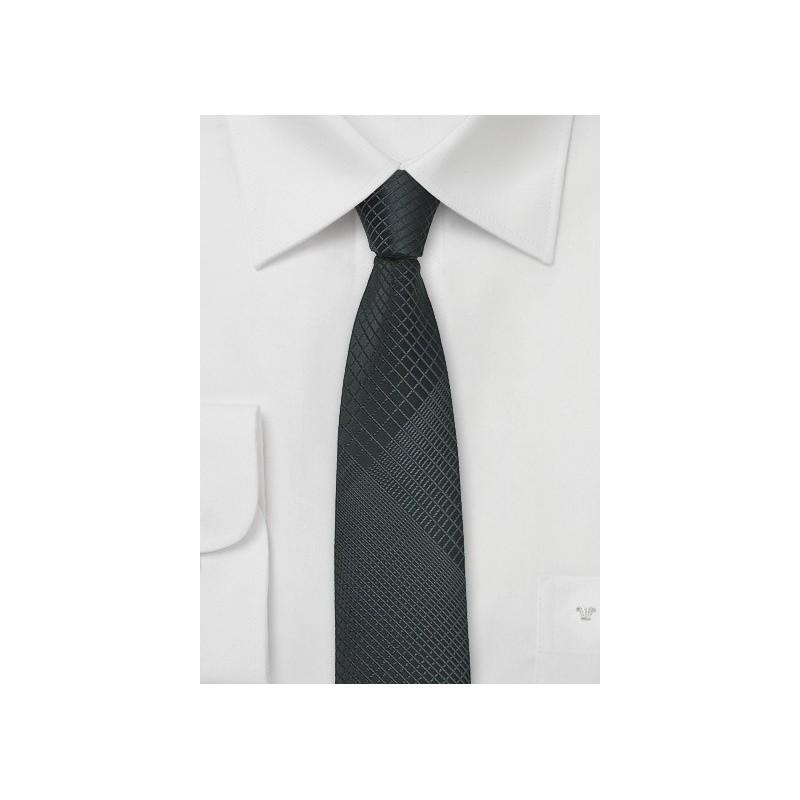 Geometric Plaid Skinny Tie in Gray and Black