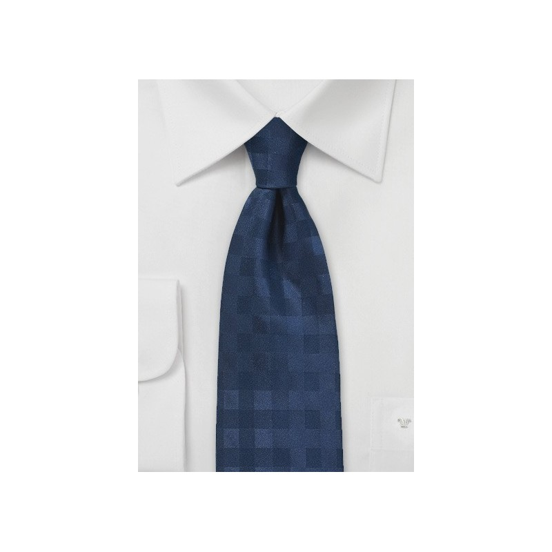 Monochromatic Gingham Tie in Dark Navy