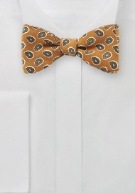 Vintage Paisley Bow Tie in Golden Curry