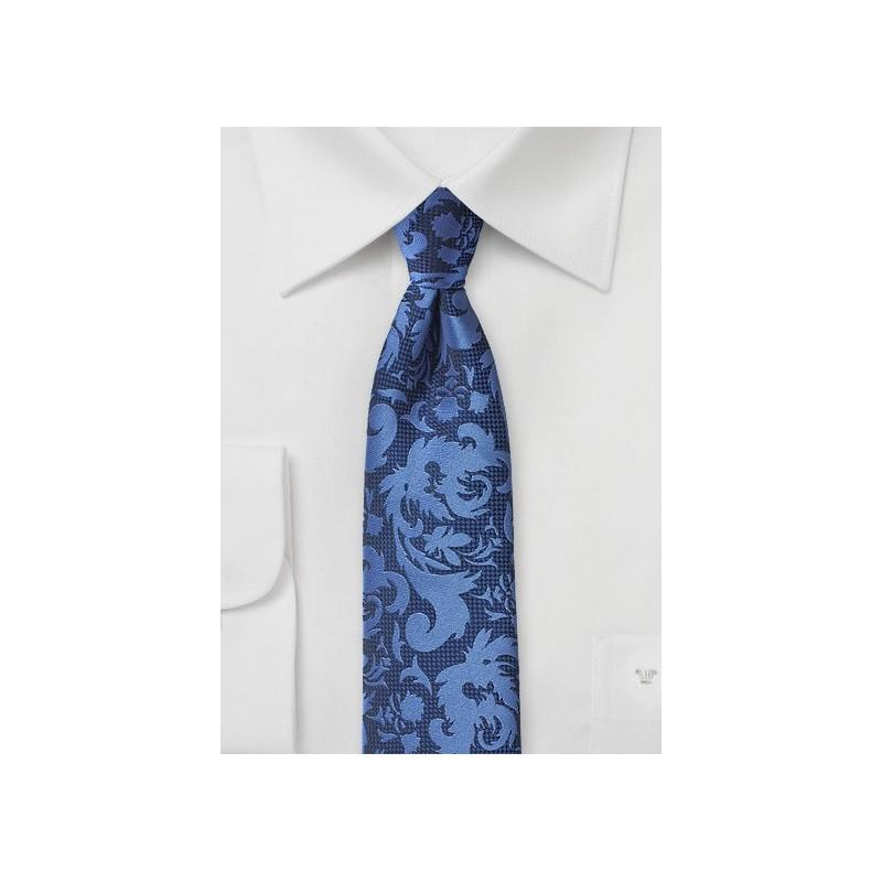 Modern Scroll Pattern Tie in Bright Blues