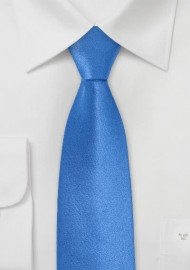 Skinny Silk Tie in Bright Blue