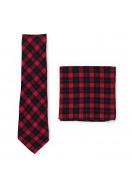 Tartan plaid necktie with hanky in crimson red and black