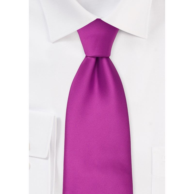 Solid Tie in Dark Magenta Pink