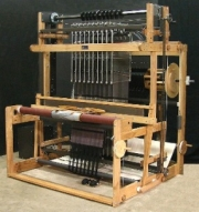 how to build a 62peg wooden loom