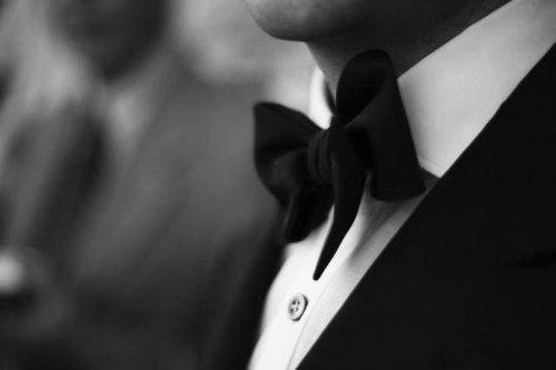 Signature_Black_Tie
