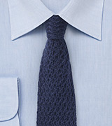 Coarse Knit Tie in Cashmere - Navy