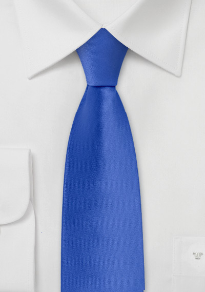 Skinny Necktie in Bright Azure Blue