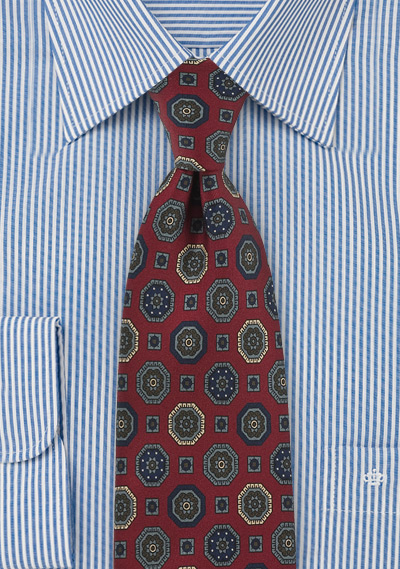 Medallion Print Tie in Classic Burgundy