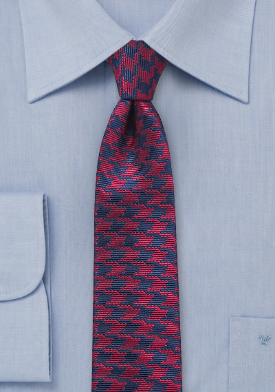 Skinny Houndstooth Check Tie in Red and Navy
