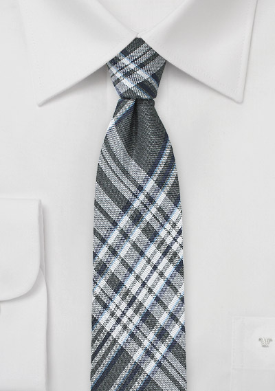 Trendy Checkered Tie in Gray and Silver