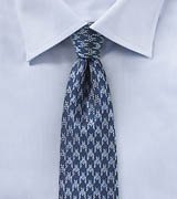 Skinny Tie with Houndstooth Design in Blue