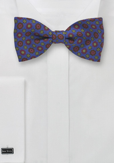 Retro Patterned Bow Tie in Blue