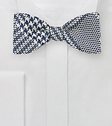 Bold Prince of Wales Check Bow Tie in Dark Navy