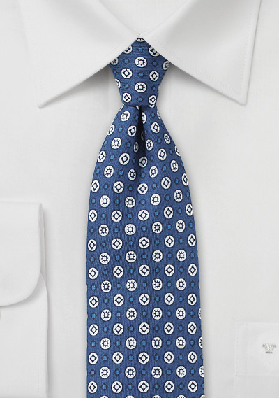 Modern Graphic Print Tie in Blue and White
