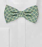 Luxurious Link Pattern on Pure Silk Designer Bowtie