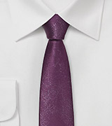 Skinny Plum Necktie in Distressed Leather Look
