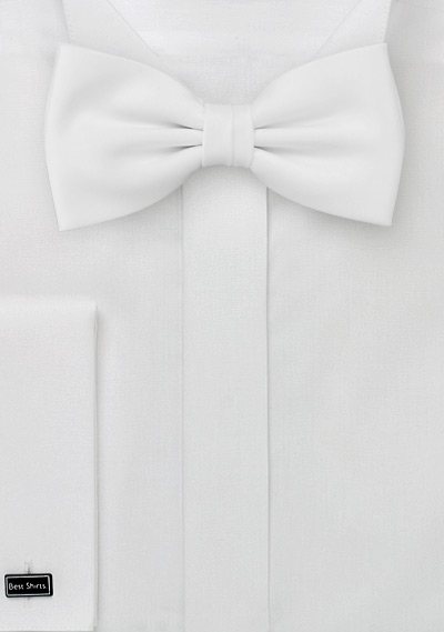 White bow tie <br>Formal bow tie in bright white color