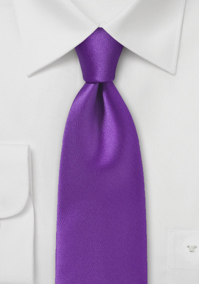 Iris Purple Necktie in Modern Narrow Cut