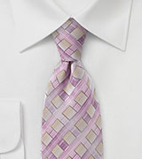 Diamond Tie in Tonal Lilacs
